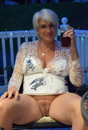 Old pussy naked Grandmamma Movies