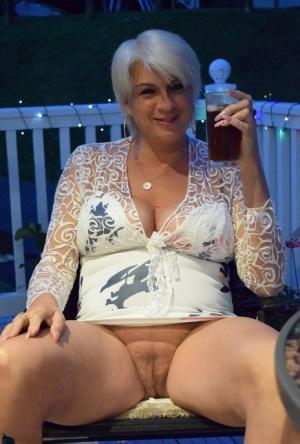 Mature women expose nude buttocks Older Women Pussy Pics Free Mature Sex Galleries